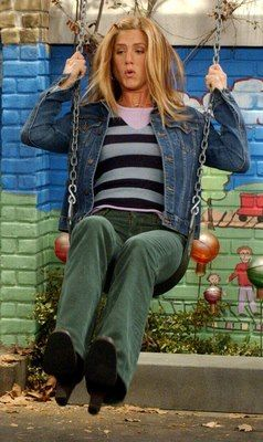 """<0>Friends - Rachel (About swings) """"Ross, those things go like 40 miles an hour!"""""""