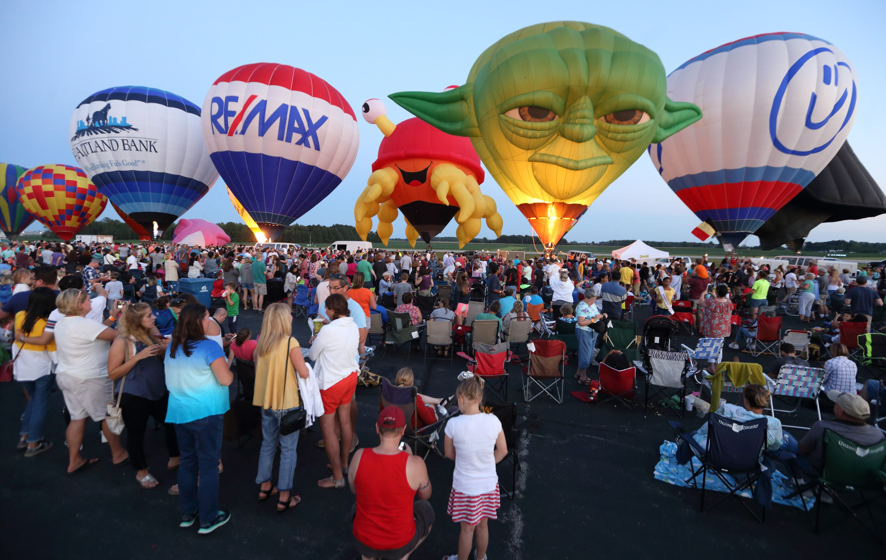 Spend The Day At This Hot Air Balloon Festival In Ohio For
