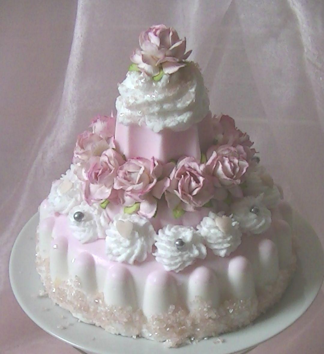 Romantische zeeptaart zeep pinterest soap carving fake cake