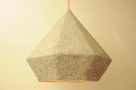 Pappmaché geometrische Hängende Lampe von RoughHandsTheHague | Paper ...