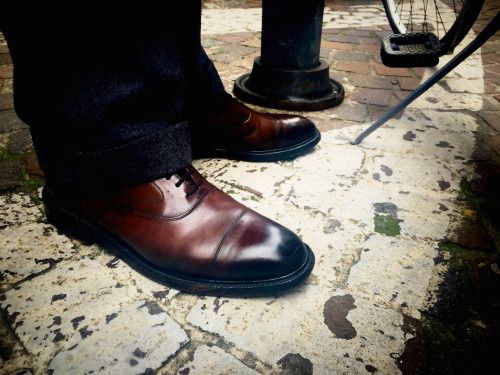 http://chicerman.com  dandyshoecare:  Live from Parma.  The shoes of our great customer and friend from Parma: Mr. G.S.  Its always a great pleasure to meet you!  #menshoes
