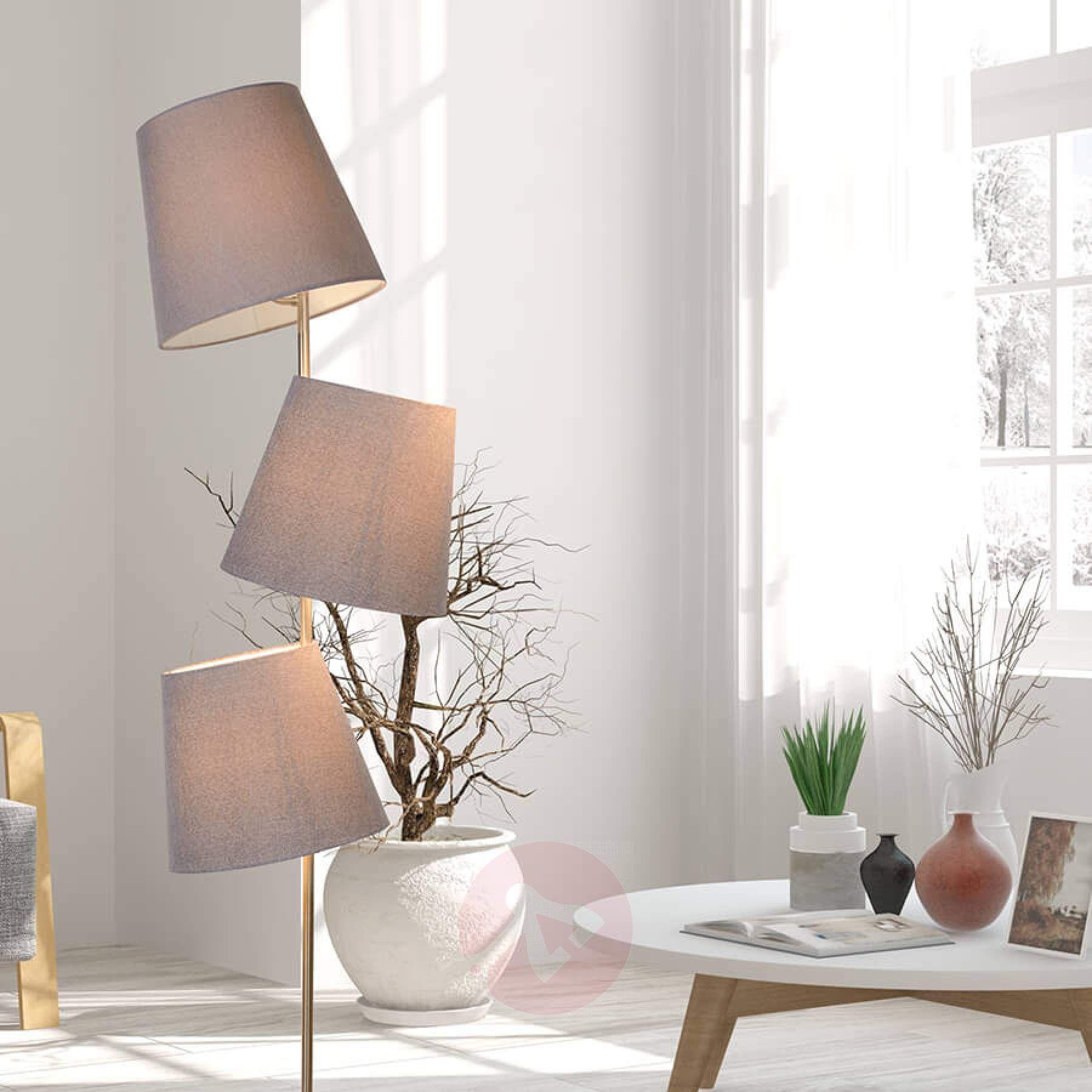 Charmante Stehleuchte Arjan 3 Flg Kaufen Lampenwelt Ch Lampe Moderne Stehlampen Stehlampe