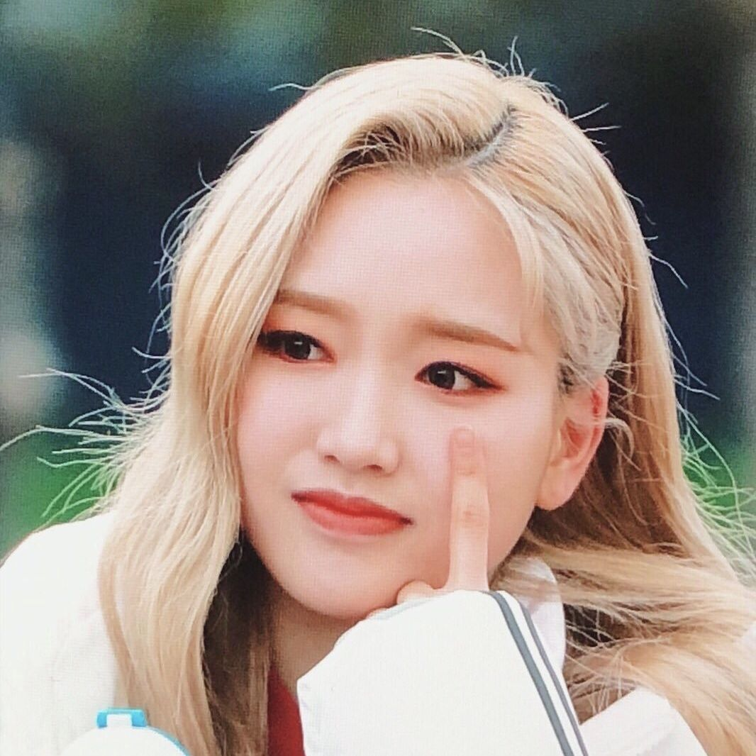 𝚢𝚟𝚎𝚜𝚢𝚢𝚡𝚢 。⋆ ©️lomography I love girls, Girl, Olivia hye