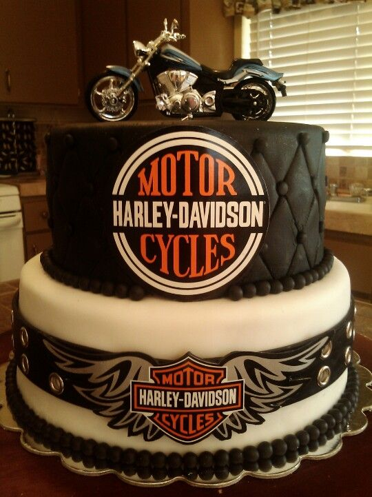 Harley Cake I Made Last Year With Images Harley Davidson Cake