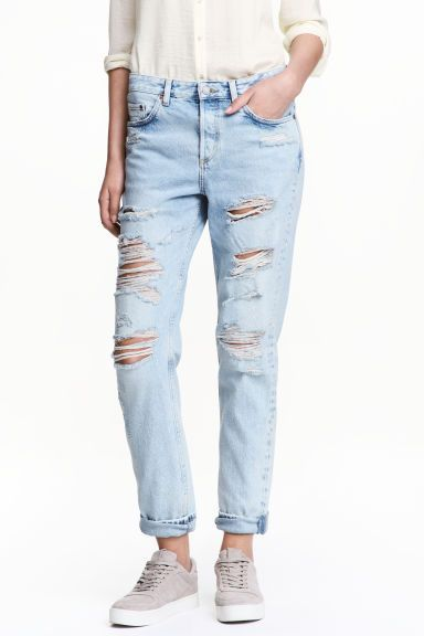 boyfriend low ripped jeans azul denim claro senhora h m pt 1 musthave boutique flashback. Black Bedroom Furniture Sets. Home Design Ideas