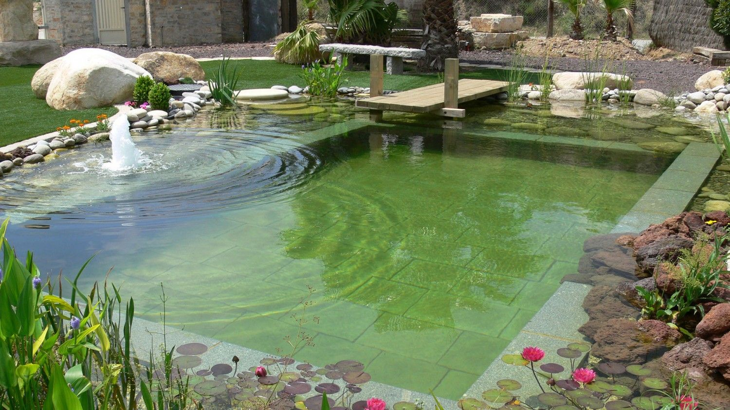piscinas naturales Buscar con Google Green pool