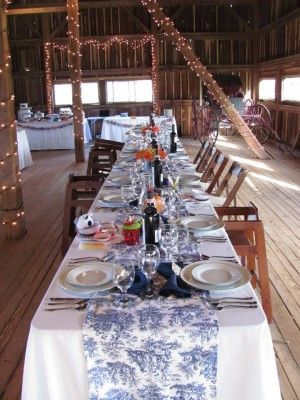 An Adorably Quaint Wedding Reception In The Barn At The Combsberry