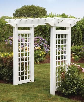 This Stylish Arbor Features A Flat Top Pergola Design To