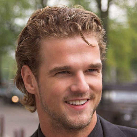 The Various Ideas Of Wavy Hairstyles For Men Hairstyles For Men With Thin Wavy Hair Hipsterwall Hipsterwall Wavy Hair Men Long Hair Styles Men Thin Hair Men