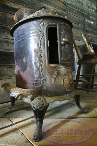 Wood Pellet Boiler >> old metal furnace | Antique wood stove, Antique stove, Wood stove