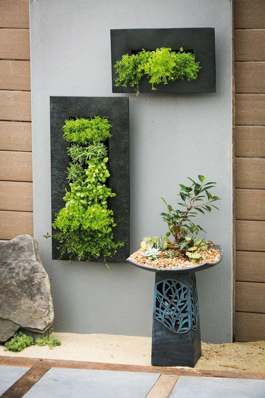 Zinc 12 Pocket Metal Wall Planter Wall Planters Outdoor 400 x 300