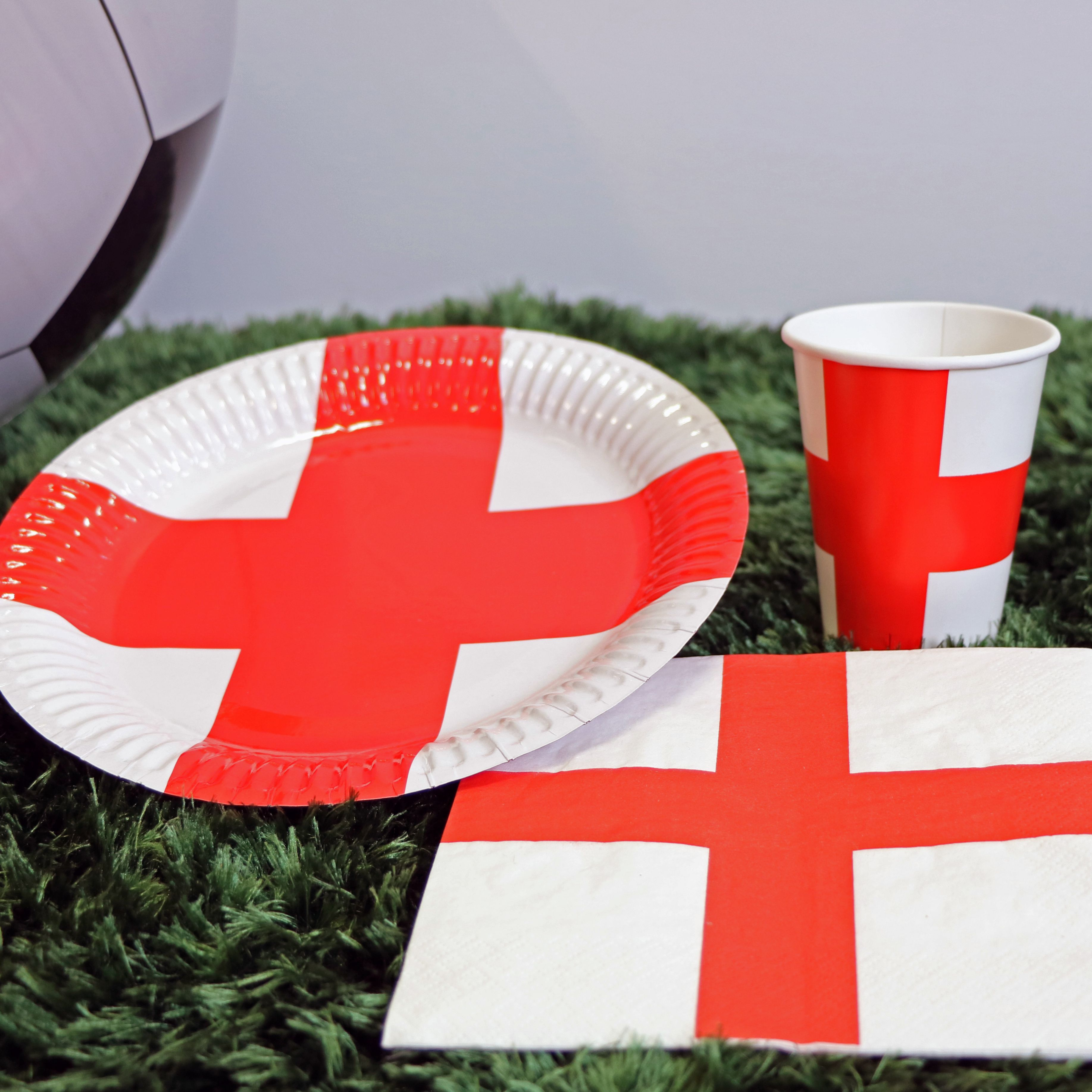 Winning Tableware Including Plates Cups Napkins And More From