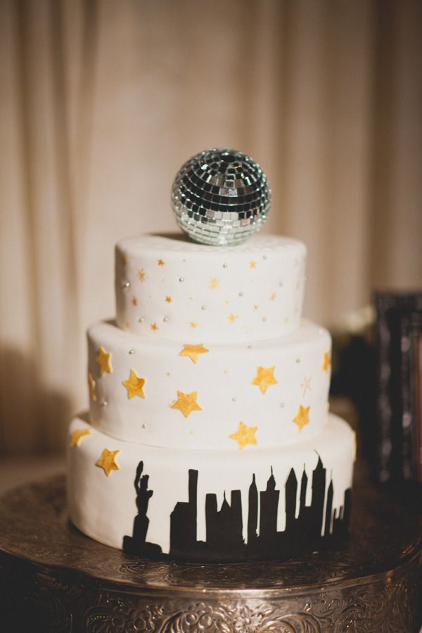 Driskill Wedding By Taylor Lord Photography New Year S Cake
