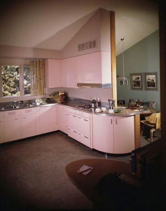 Best Pink Mid Century Modern Kitchen With Images Pink 400 x 300
