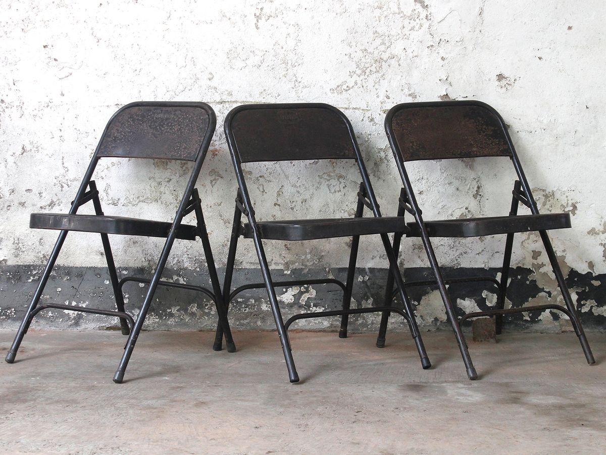 Delightful Black Metal Vintage Folding Chairs Thumbnail