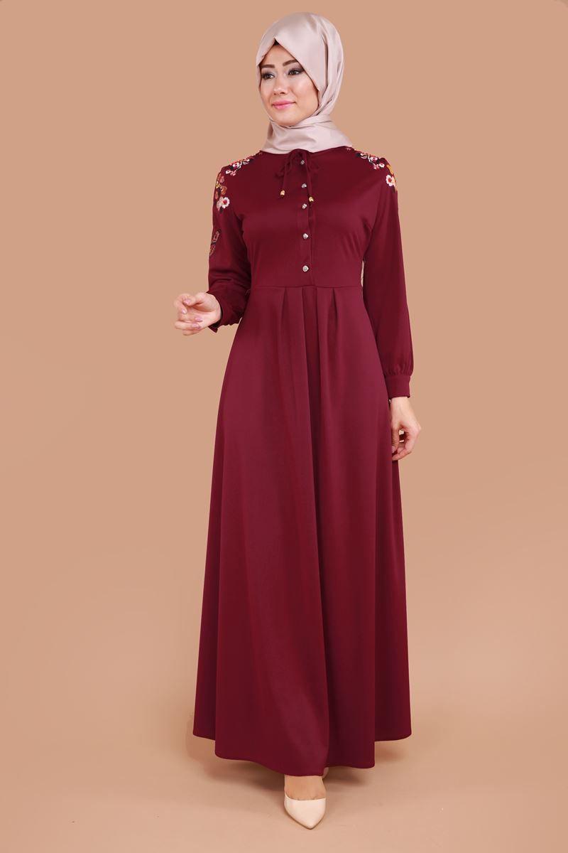 En Yeni Omuz Ve Kollari Nakisli Dugmeli Elbise Bordo Urun Kodu Bis4173 79 90 Tl Elbiseler The Dress Elbise Modelleri