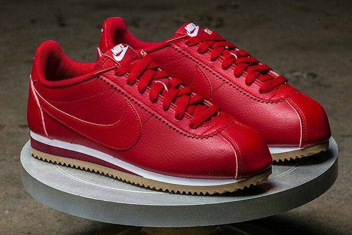 more photos b1add a3f3a Nike Classic Cortez in red leather