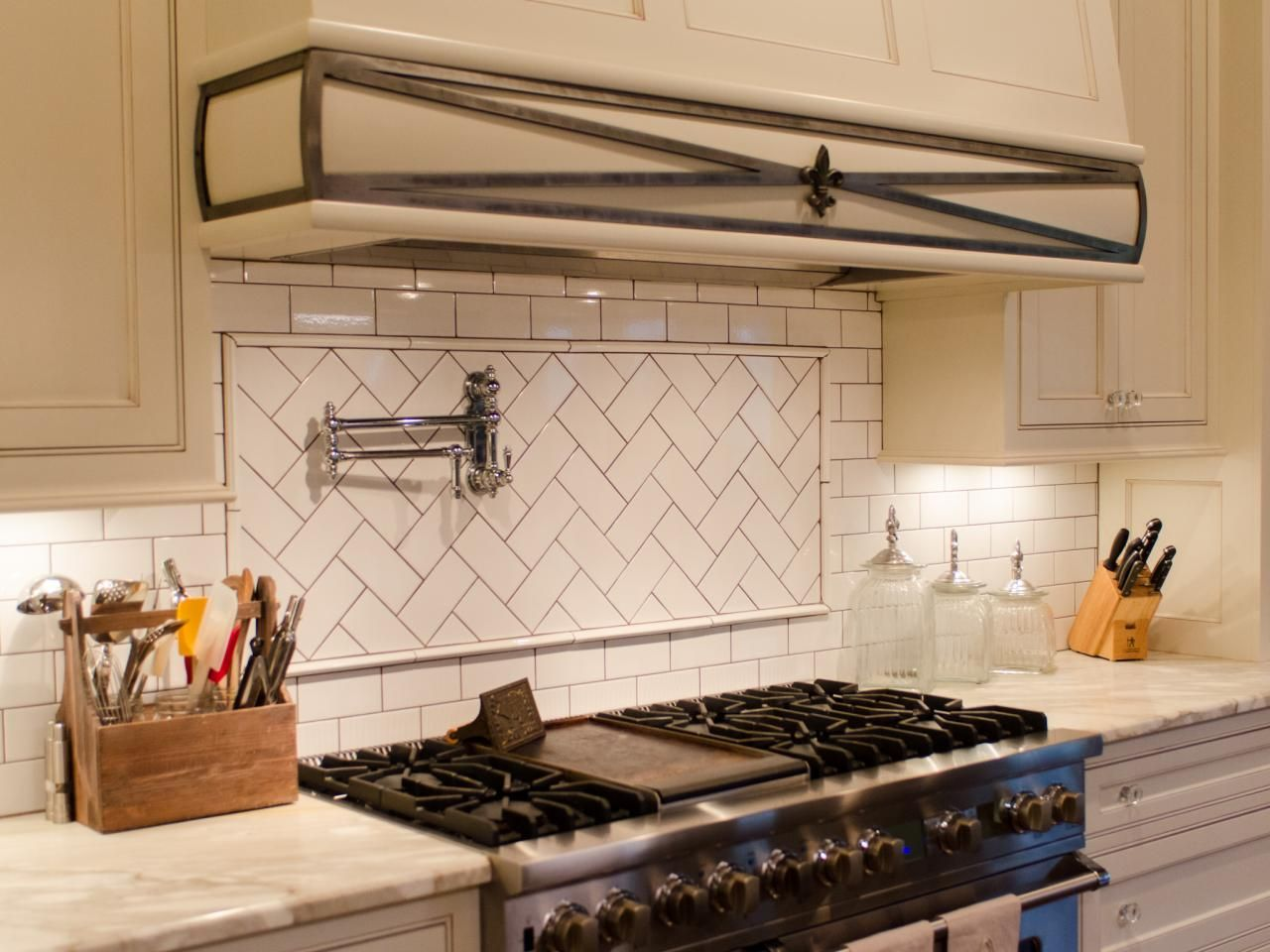White Subway Tile With Black Grout Saves Money I Want A Pot Filler Faucet So Badly 6 Burners And Brittle Layover For Removable