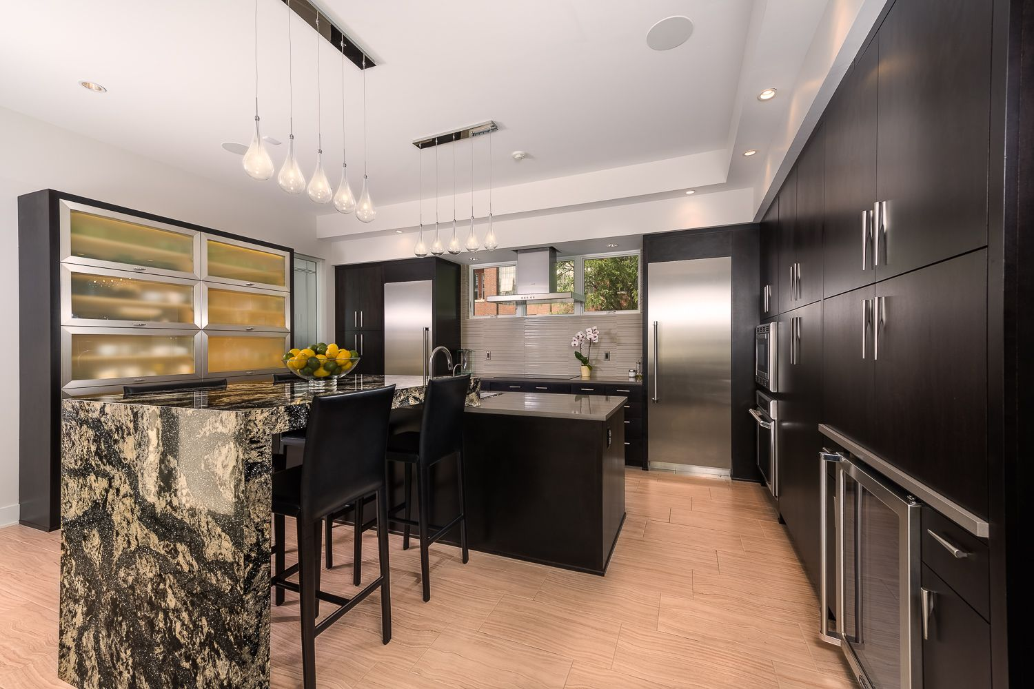 Best Modern Frameless Kitchen Cabinets From Woodharbor Feature 640 x 480