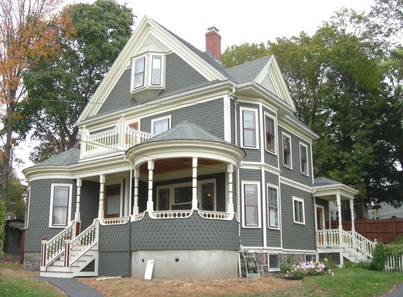 Stately Victorian Queen Anne Historic House Colors Victorian Homes Victorian Homes Exterior Victorian Style Homes