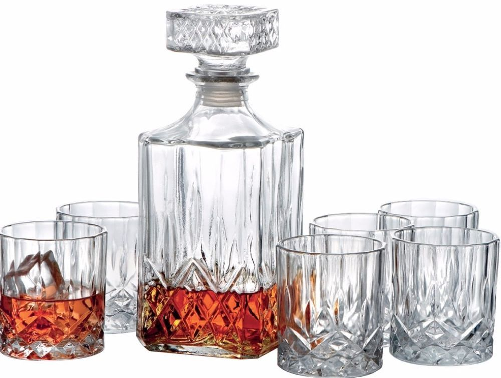 High Quality Style Setter Denmark 7 Piece Classic Decanter Set Glasses Barware Kitchen  Dining