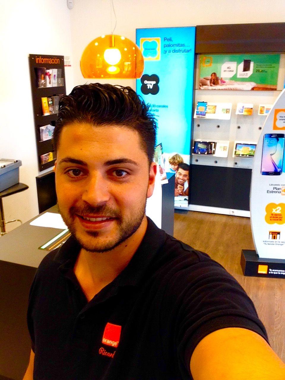 Buenos Dias Nuestro Companero Riky De La Tienda Orange De La