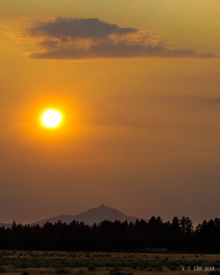 Three Fingered Jack at Sunset by A. F. Litt, via 500px