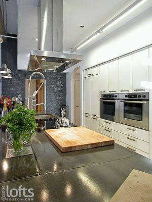 Boston Lofts by LoftsBoston.com, Inc. >> Boston Residential Loft Rental >> 15 Sleeper Street #405