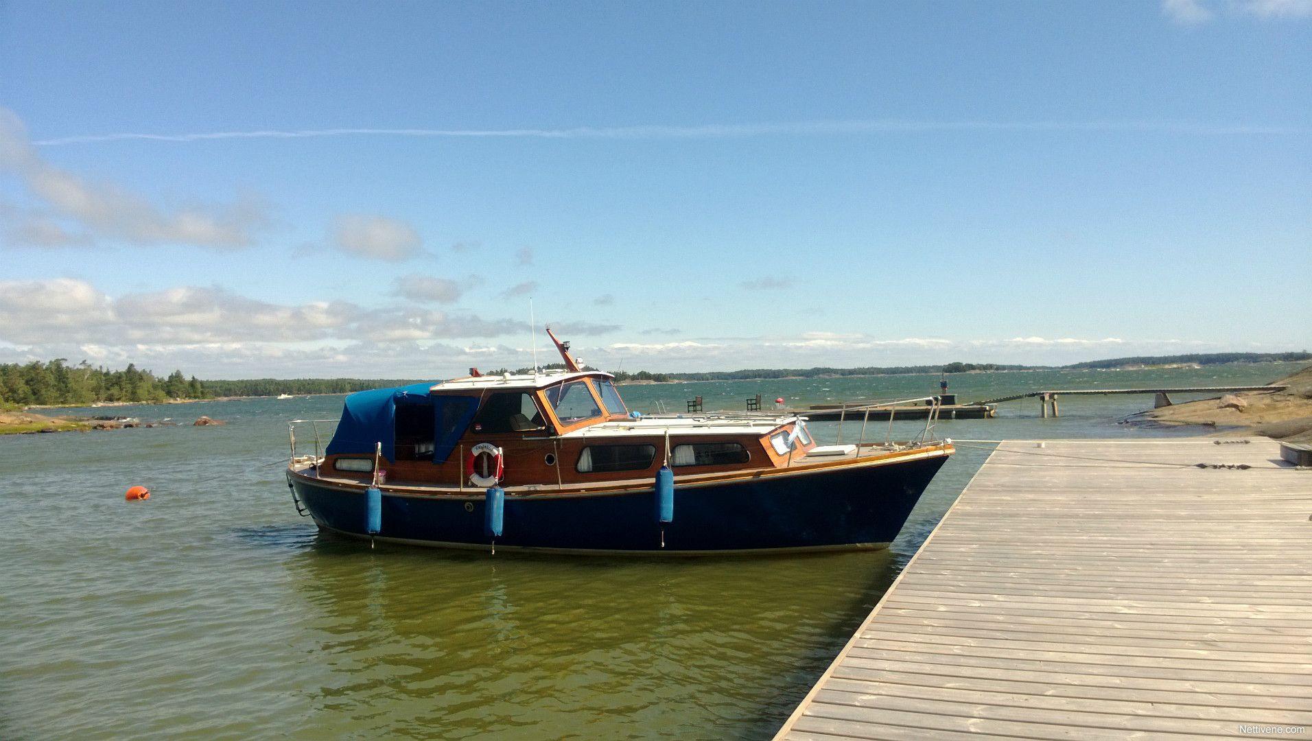 Nyt myynnissä Family cruiser moottorivene - Hämeenlinna, Kanta-Häme. Klikkaa tästä kuvat ja lisätiedot.