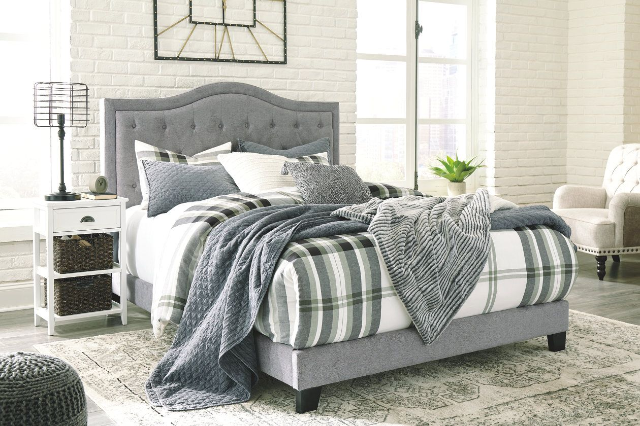 Best Jerary Queen Upholstered Bed Upholstered Beds King Upholstered Bed Queen Upholstered Bed 400 x 300
