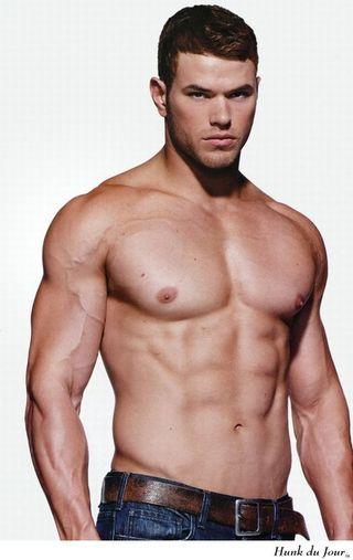 Hunk du Jour on Bloglovin Kellan Lutz   Big guys with abs and biceps ...