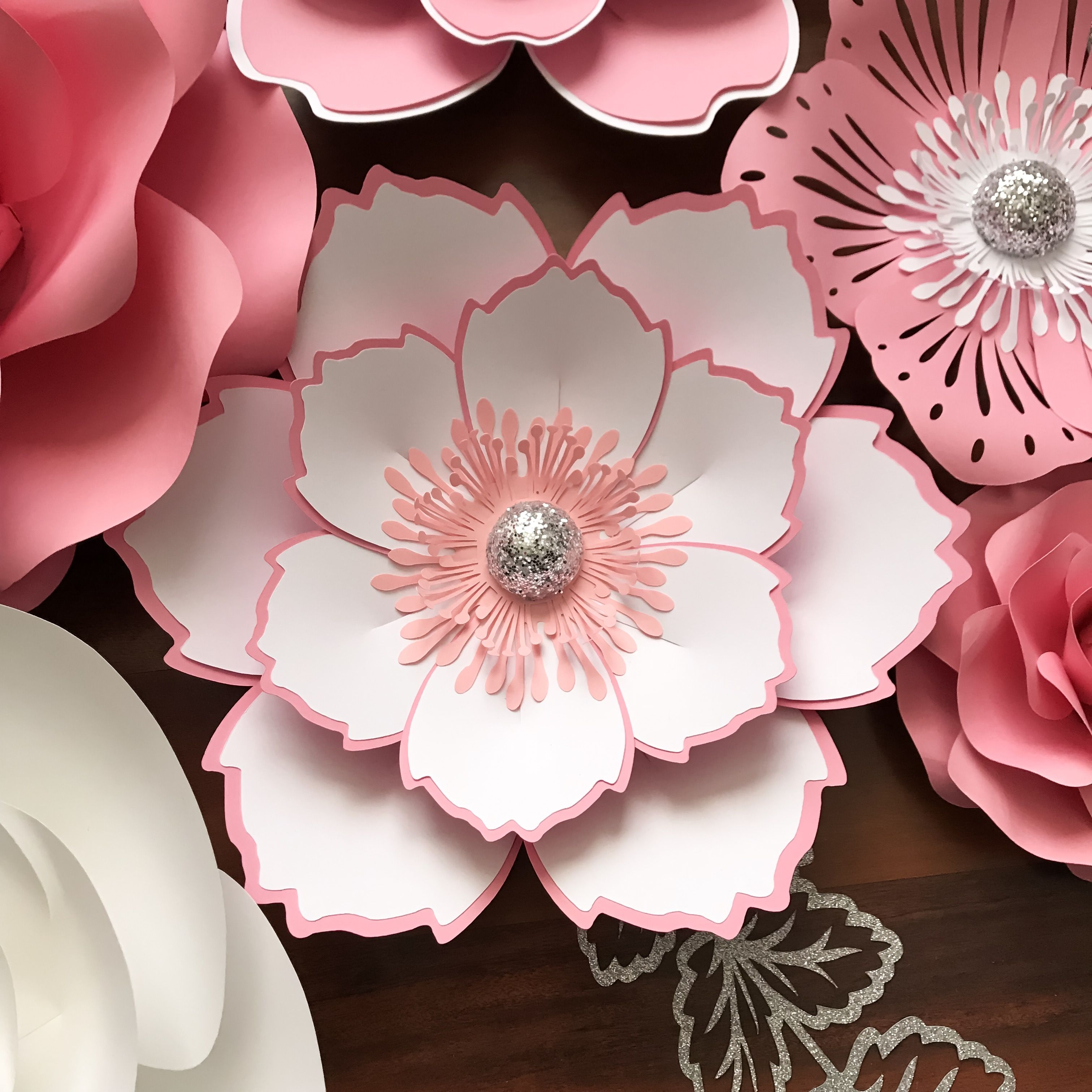 Flower images 2018 how to make small paper flowers step by step how to make small paper flowers step by step the flowers are very beautiful here we provide a collections of various pictures of beautiful flowers mightylinksfo
