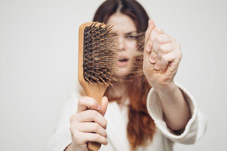Wypadaja Ci Wlosy Koniecznie To Wyprobuj Hair Loss Hair Shedding Hair Breakage
