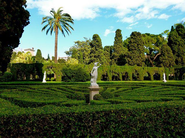 Vista general del Jardín de Monforte - Valencia, un mundo para reencontrarse con lo auténtico, con la belleza libre... by Antonio Marín Segovia, via Flickr