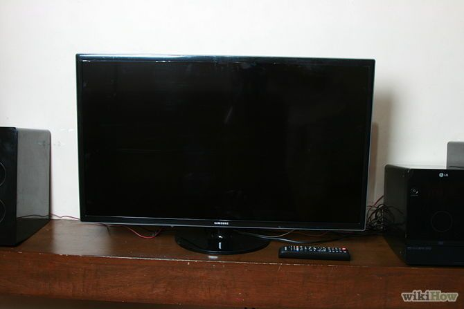 nowadays flat screens tv are widely used they will provide high resolution picture and - Small Flat Screen Tv