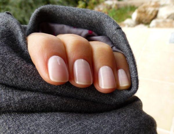 Guerlain Colour Lacquer Long-Lasting Colour & Shine — Два молочно-фарфоровых любимца | Отзывы покупателей | Косметиста