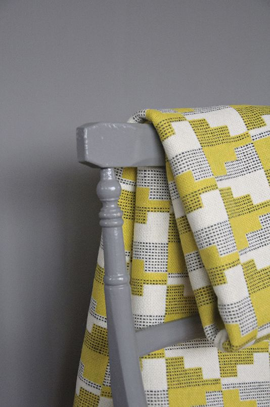 eleanor pritchard woven blankets....would love one of these to throw over my grey sofa.