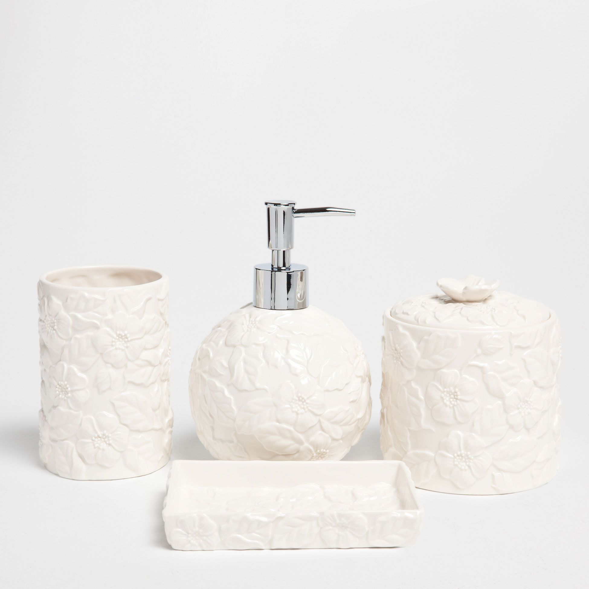 White Bathroom Set With A Raised Design
