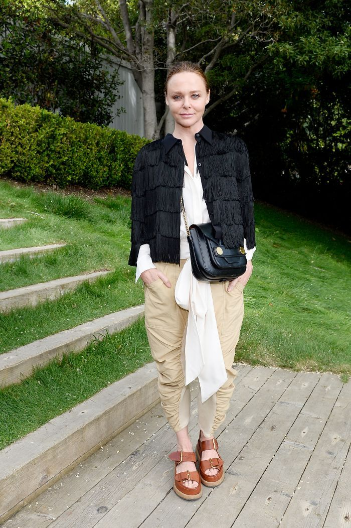 4469cfa4c271e Stella McCartney hosted a chic charity event in Los Angeles yesterday—see  all the amazing outfits.