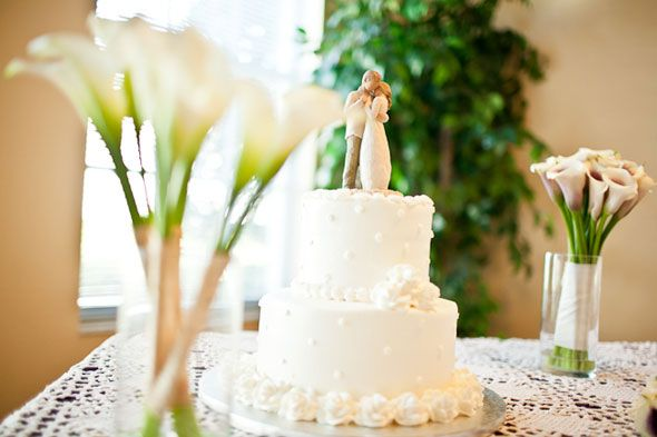 Love the cake, needs another layer & the cake topper is adorable<3