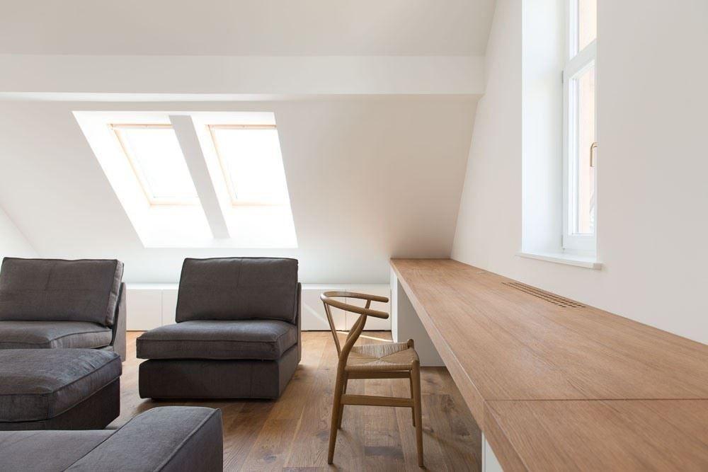 Bagno Legno E Bianco : Un attico bianco e legno relax in mansarda attic attic