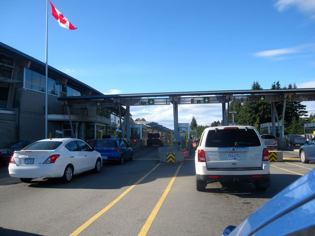 How To Cross The Border From Vancouver To Seattle Vancouver Vancouver Canadians Border