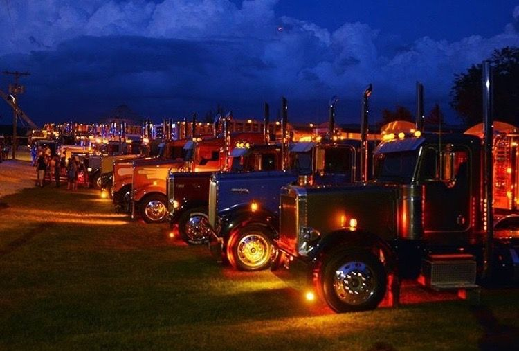 Pin by Michael Dosch on Kenworths Truck lights, Trucks