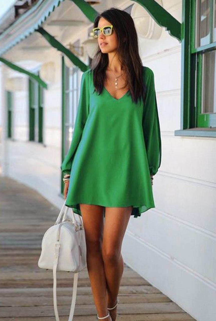 0d95c996eb3 Conjunto vestido verde, sandalias blancas, bolso blanco y gafas amarillas  #misconjuntos #conjuntosmoda