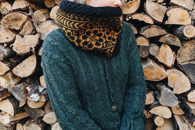 Flora Cowl Pattern & Fall Knits in 2020 | Fall knits, Cowl ...
