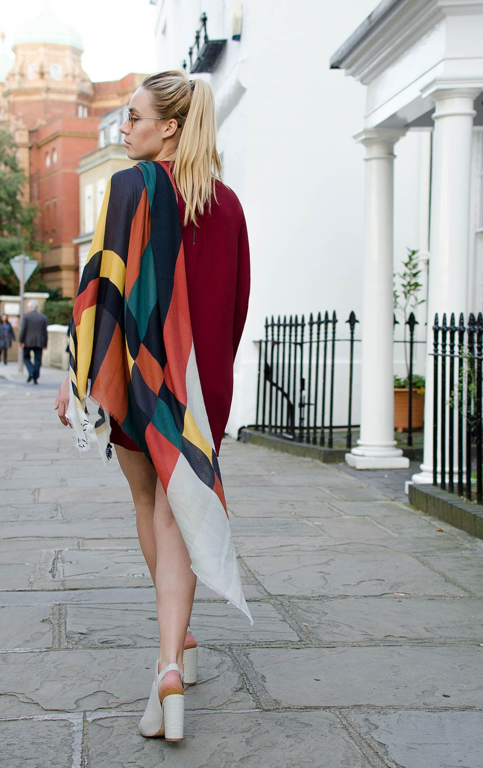da2ee7be3b1 Women designer scarf, luxury women scarf , women pashmina & shawl ...