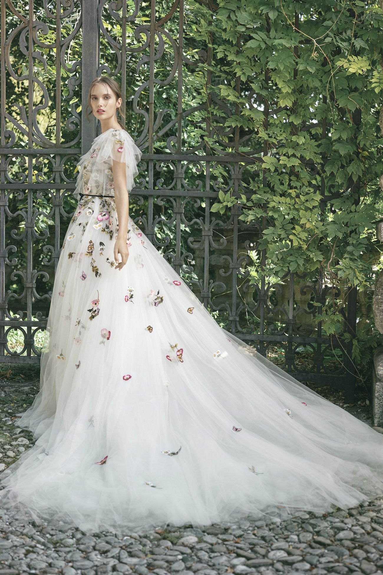 Our Favorite 2020 Wedding Dress Trends From Ny Bridal Fashion Week
