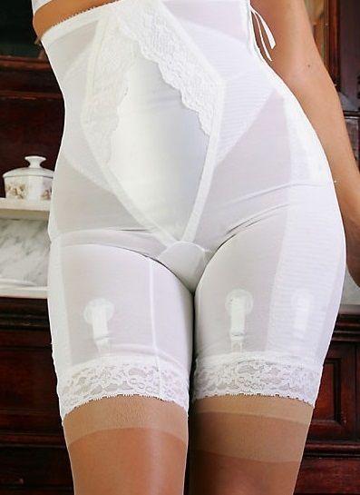 fd214051eee11 Long leg panty girdle for an hourglass figure!