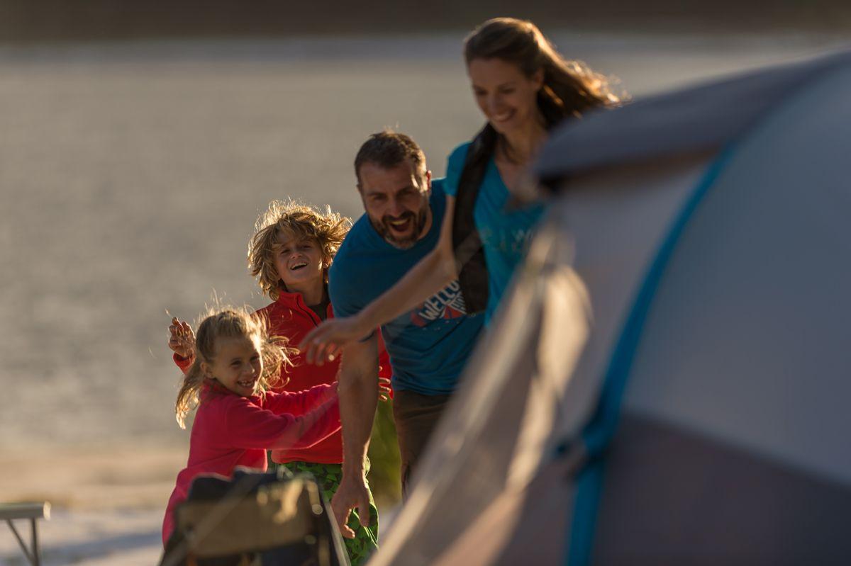Zelten mit der ganzen Familie
