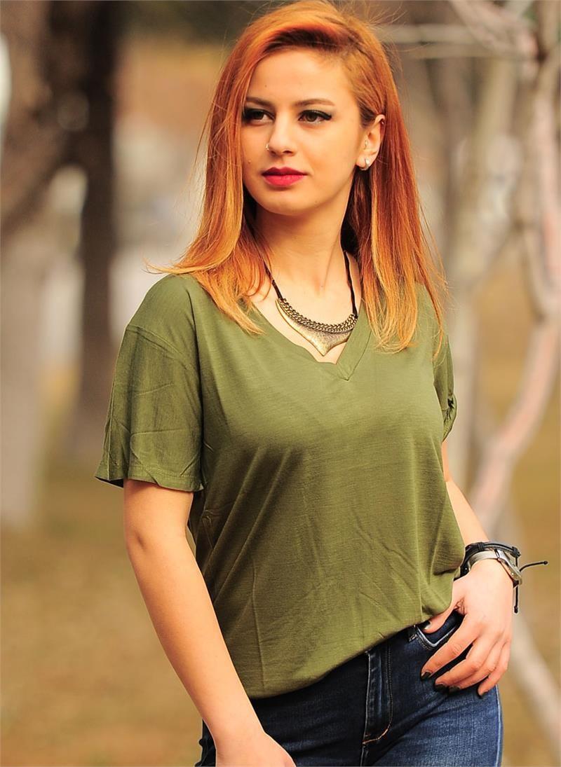 Bayan T Shirt V Yaka 2330 Yesil Modelleri Ve Uygun Fiyat Avantajiyla Modabenle V Yaka Kadin Moda